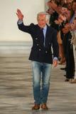 Ralph Lauren camina la pista en Ralph Lauren Spring 2016 durante semana de la moda de Nueva York Imagen de archivo libre de regalías