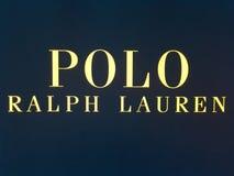 Ralph Lauren robi zakupy, Ralph Lauren, sławny gatunek galanteryjni ubrania obraz stock
