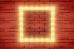 Ram av den Retro ljusa kulan på tegelstenväggen Arkivbild