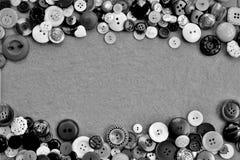 Ram av olika knappar i svartvitt royaltyfri fotografi