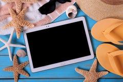 Ram för bakgrund för strand för sommar för minnestavlaPCdator royaltyfria bilder
