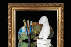 Ram för bild för palett för borstar för Venus byst konstnärlig på svart bakgrund royaltyfria bilder