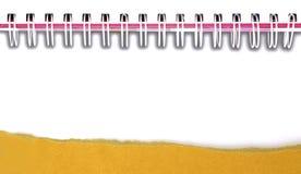 Ram för spiralanteckningsbok på en vit bakgrund Royaltyfri Fotografi