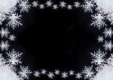 Ram med snowflakes Naturlig snö, design Arkivbild