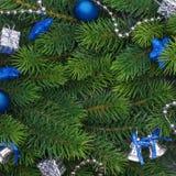 Rama de la Navidad con las decoraciones azules Fotos de archivo libres de regalías