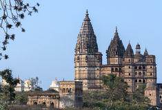 Rama God国王的Chaturbhuj寺庙在印度的Orchha的日落的。 库存照片