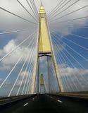 Rama IX桥梁在蓝天下 库存图片