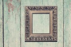 Rama na drewnianym tle Obraz Stock