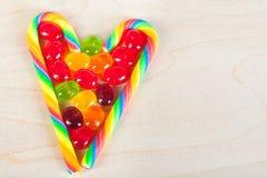 Rama od serca od kolorowych cukierków cukrowi cukierki Obrazy Stock