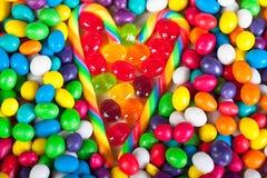 Rama od serca od kolorowych cukierków cukrowi cukierki Fotografia Stock