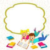 Rama z dziećmi, chłopiec i dziewczyną czyta książkę, ilustracja wektor