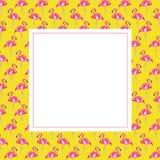 Rama z różowym flamingiem na żółtym tle obraz stock