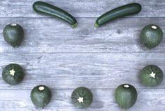 Rama z warzywami na drewnianej tła i kopii przestrzeni Obraz Stock