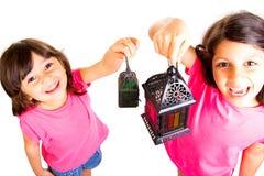 Ramadan Kareem - crianças que comemoram a ramadã Imagens de Stock