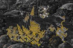 Ramakien Ramayana de v?gg- m?lningarna l?ngs gallerierna av templet av Emerald Buddha, den storslagna slotten eller watphrakaewen arkivbild