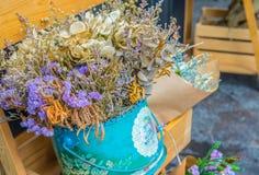 Ramalhete abstrato de flores secadas, foco do borrão Foto de Stock Royalty Free