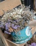 Ramalhete abstrato de flores secadas, foco do borrão Imagens de Stock Royalty Free