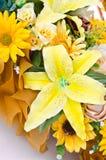 Ramalhete amarelo da flor artificial Imagem de Stock Royalty Free