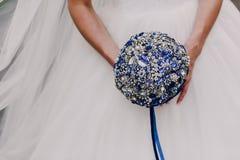 Ramalhete azul do casamento fotos de stock
