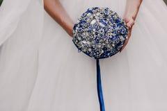 Ramalhete azul do casamento imagem de stock