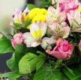 Ramalhete bonito das rosas Fotografia de Stock