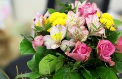 Ramalhete bonito das rosas Fotos de Stock Royalty Free