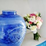 Ramalhete bonito do casamento das rosas imagem de stock