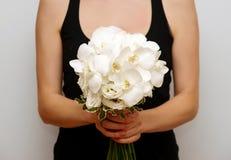 Ramalhete branco do casamento da orquídea da borboleta Fotos de Stock Royalty Free