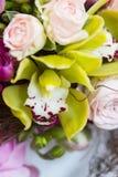 Ramalhete branco moderno do casamento Fotos de Stock Royalty Free