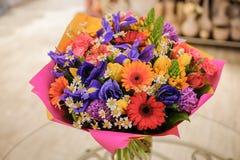 Ramalhete colorido com flores diferentes Imagem de Stock