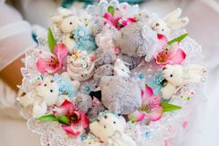Ramalhete com brinquedos do luxuoso fotografia de stock