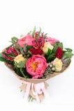 ramalhete com rosas, peônias, celosia, brunia e Veronica Fotos de Stock Royalty Free