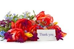 Ramalhete das rosas e das flores da mola fotografia de stock