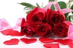 Ramalhete das rosas e dos ornamento foto de stock royalty free