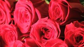 Ramalhete de giro de rosas vermelhas filme
