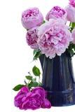 Ramalhete de peonies cor-de-rosa Fotografia de Stock