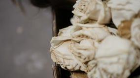 Ramalhete de rosas secadas video estoque