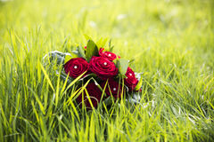 Ramalhete do casamento com rosas vermelhas Fotografia de Stock