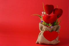 Ramalhete e corações Fotografia de Stock Royalty Free