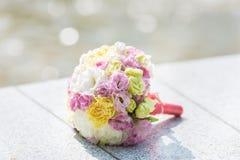 Ramalhete nupcial de várias flores Imagem de Stock Royalty Free