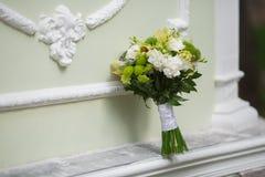 Ramalhete nupcial de várias flores Imagens de Stock