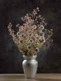 Ramalhete secado das flores selvagens fotografia de stock royalty free