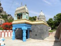 Ramanagara, Karnataka India, Maj, - 29, 2010 Kolorowa władyki Rama świątynia przy wierzchołkiem wzgórze Obrazy Stock
