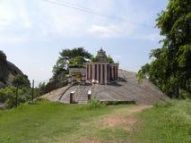 Ramanagara, Karnataka India, Maj, - 29, 2010 władyki Rama świątynia przy wierzchołkiem góra Zdjęcia Stock