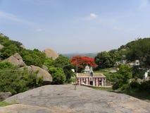 Ramanagara, Karnataka India, widok, - Maja 29, 2010 władyki Rama świątynia od zegarka wierza Fotografia Stock