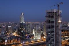 Ramat- Ganstadt an der Dämmerung Lizenzfreie Stockfotos