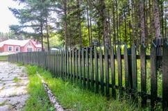 Rambarde en bois photographie stock libre de droits