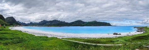 Ramberg strand, skärgård av Lofoten, Norge Arkivbild