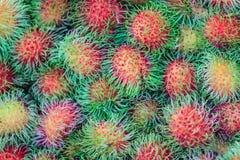 Ramboutan frais organique à vendre au marché de fruit Ramboutan (N Photo libre de droits
