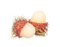 Rambutan cortado isolado no branco Foto de Stock Royalty Free